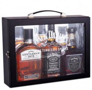 Jack Daniels Family box 3×0,7l GB